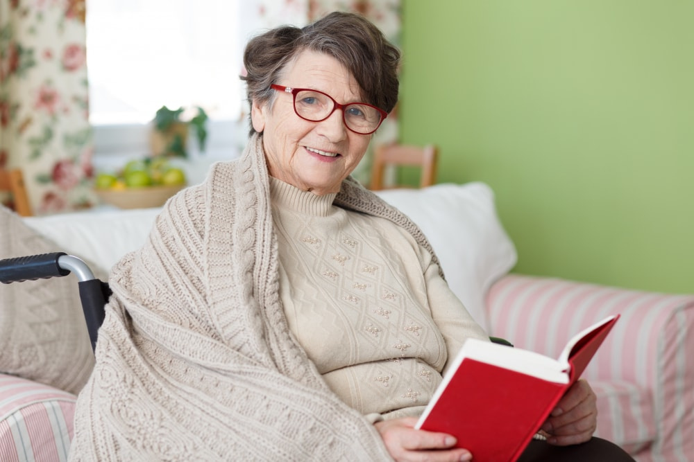 5 Tips for Seniors on How to Stay Warm and Comfy